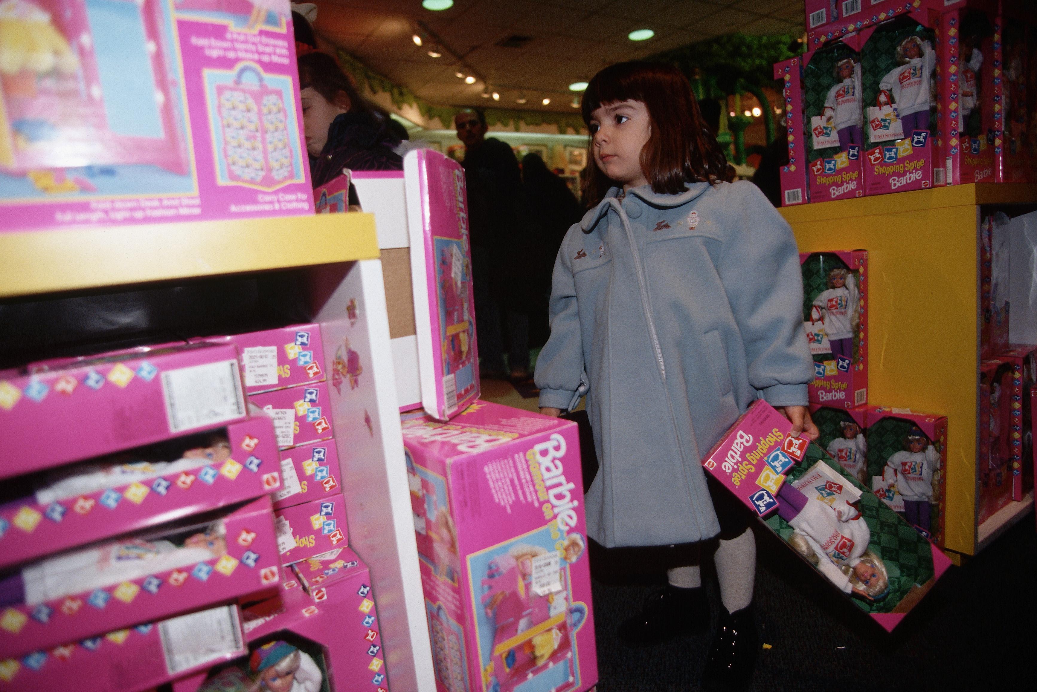 Nostalgie: 17 x barbiepoppen waar elk nineties kind ooit mee gespeeld heeft