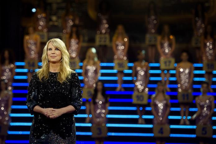 Linda de Mol maakt hilarische verspreking in 'Miljoenenjacht' en kijkers gaan stuk