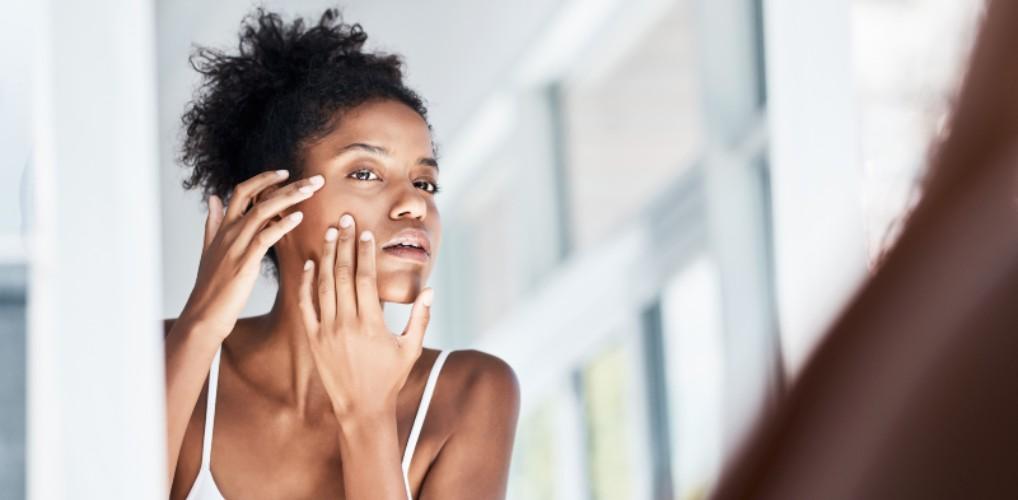 Dít is waarom je beter geen reinigingsdoekjes voor je gezicht kunt gebruiken