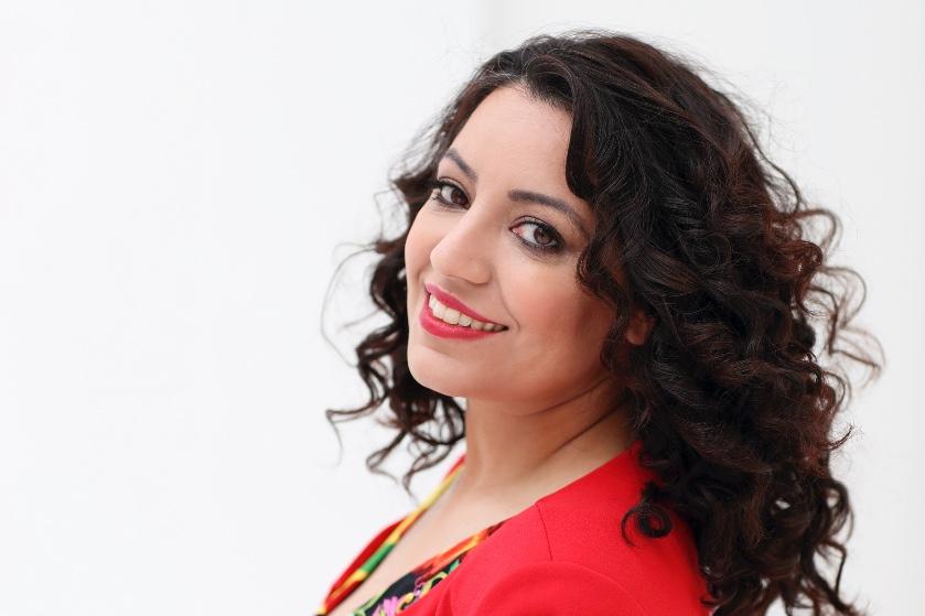 Parisa verliet Iran als vluchteling: 'Ik vraag me elke dag af of ik mijn ouders ooit nog zal zien'