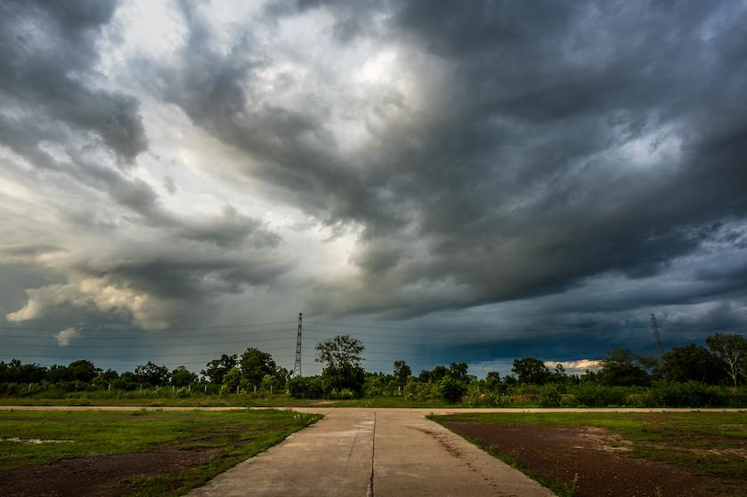 Bye voorproefje op de zomer, hallo code geel: KNMI waarschuwt voor zware onweersbuien met hagel