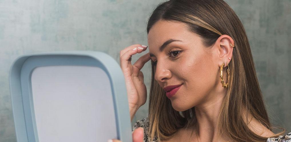 TikTokkers worstelen met zelfbeeld door confronterend 'ontspiegel-filter'