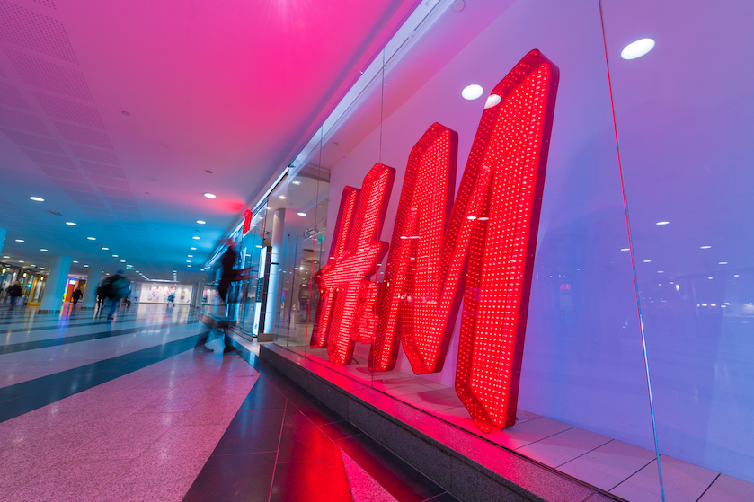 Altijd shoppen met fikse kortingen! H&M's outletstore komt naar Nederland