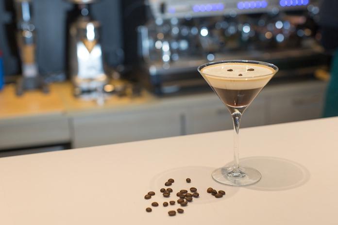 Gek op koffie én cocktails? Dan moet je deze 3 recepten proberen