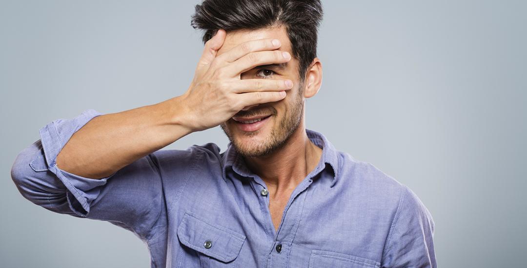 Hoe versier je een verlegen man?