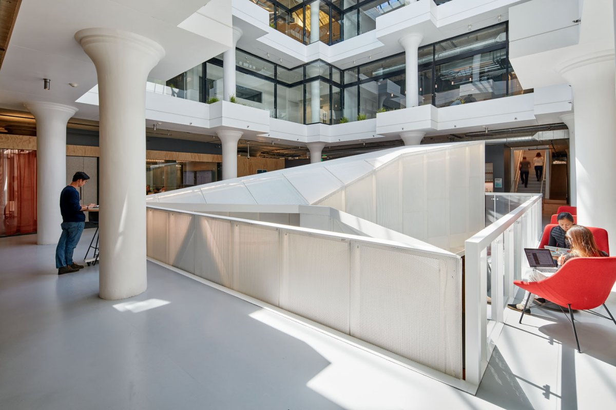 pinterest-designers-laura-brunow-miner-and-katie-barcelona-explain-that-they-see-the-staircase-like-a-metaphor-for-its-new-product-design