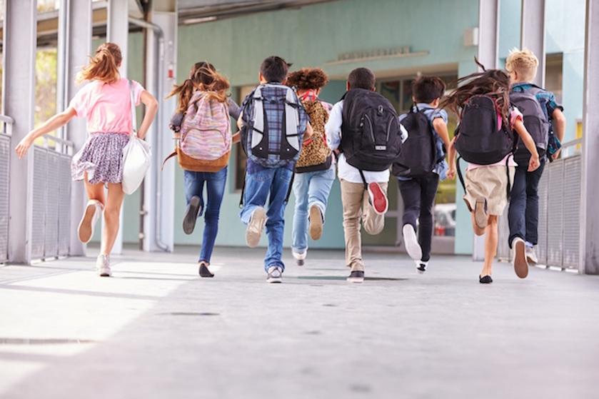 Eerste berichten in aanloop naar nieuwe persconferentie: middelbare scholen open, avondklok blijft