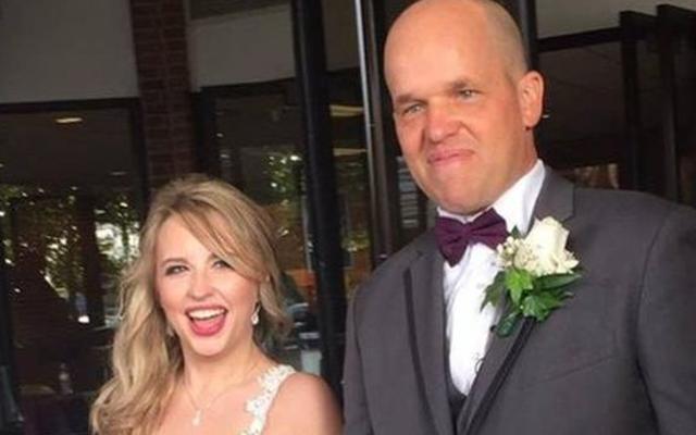 ROMANTISCH: Vrouw trouwt met orgaandonor die haar leven heeft gered