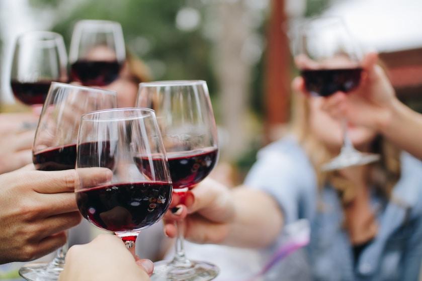 Vriendinnenuitje! Ook in Nederland is er nu een escape room die draait om wijn
