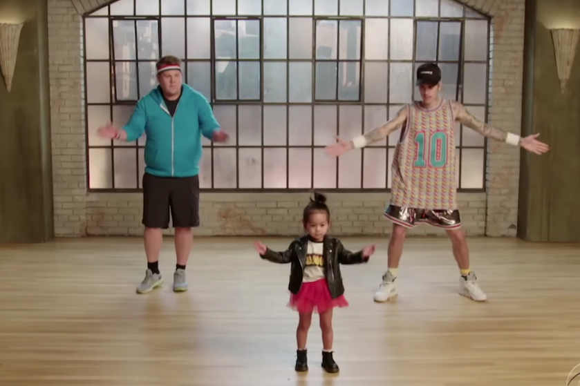 Deze fantastische video maakt je dag: Justin Bieber en James Corden krijgen dansles van kleuters