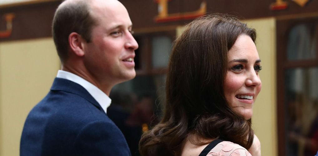 Prins William en Kate delen schattige kerstkaart met George en Charlotte