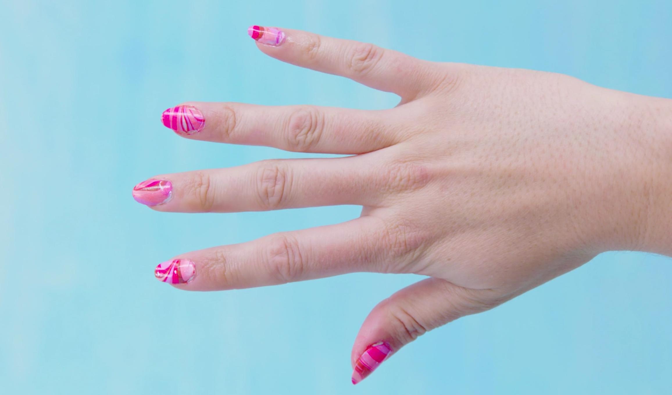 Life hack: Deze nail art kun je wél gemakkelijk zelf maken!