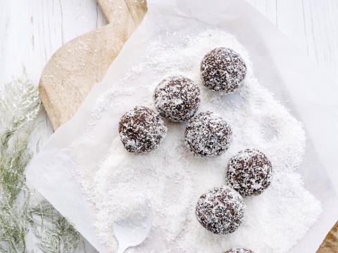 Recept: makkelijke kokos-sneeuwballen