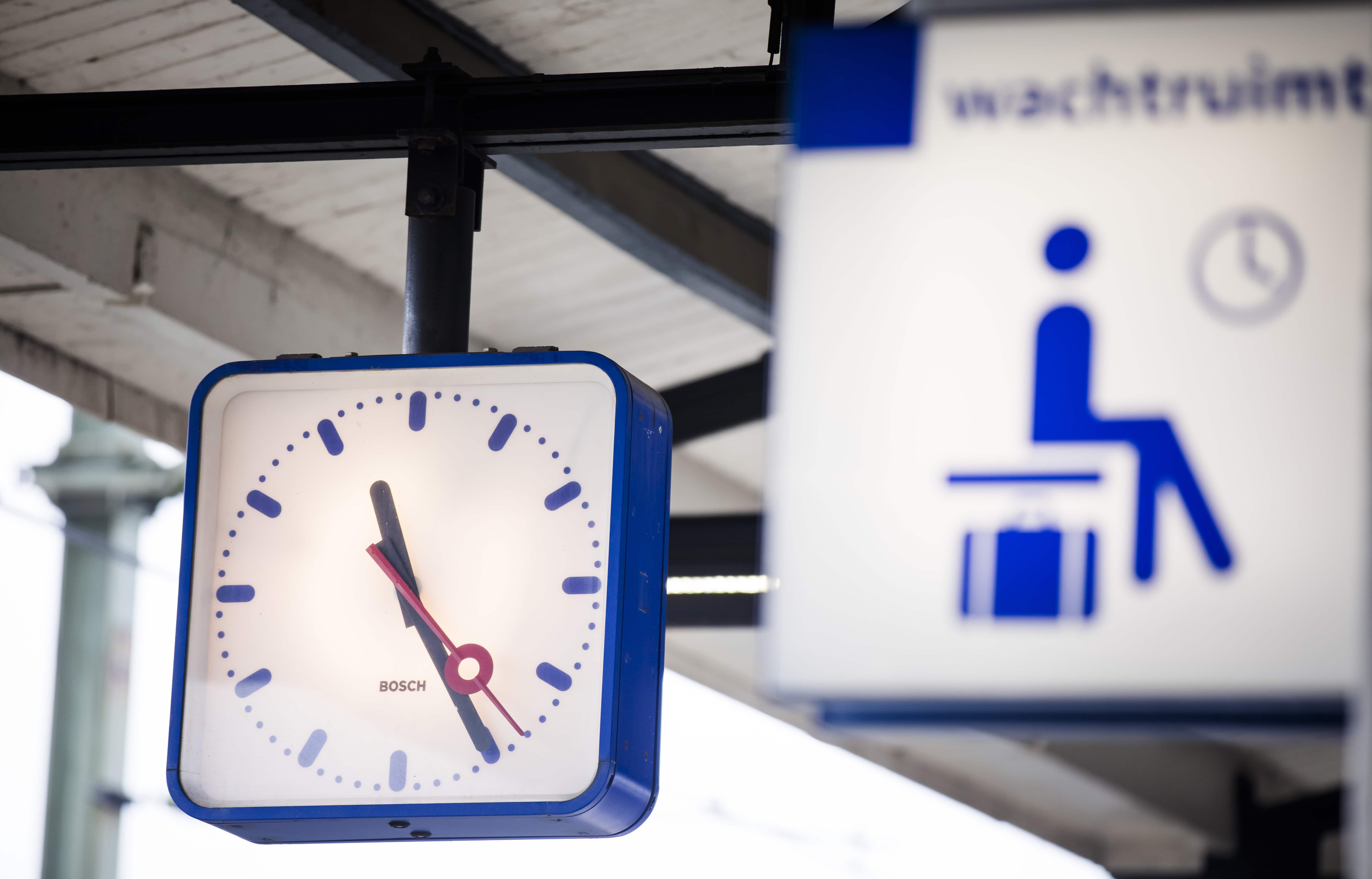 NS en ANWB waarschuwen: je kunt maandag beter thuis werken