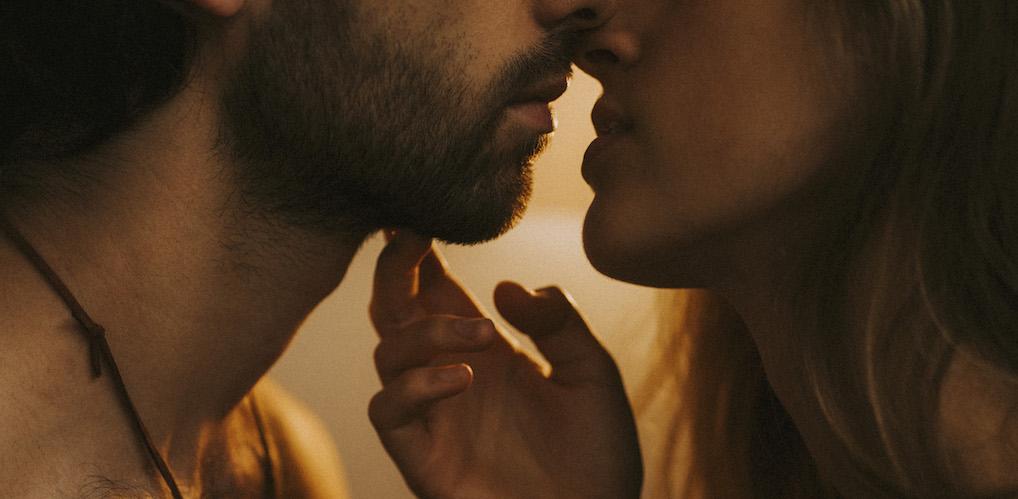 Pssst, er staan weer nieuwe erotische verhalen op VIVA's podcast!