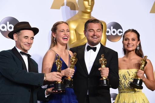 WOW: Dit zit er dit jaar in de peperdure goodiebags van de Oscars