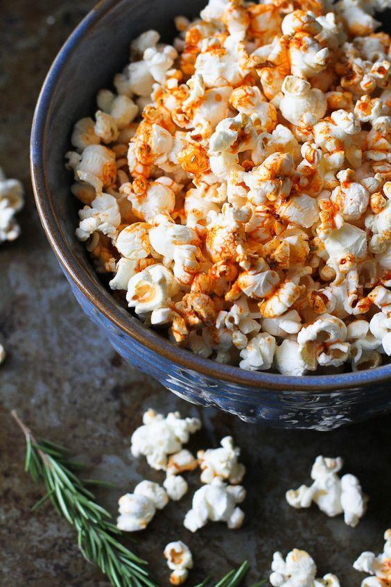 Recept: paprika popcorn voor tijdens de film