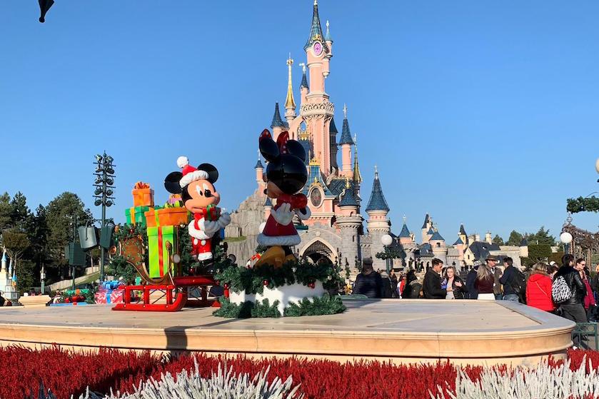 Doen: Mickeys 90ste verjaardag in kerstsfeer vieren? Op naar Parijs!