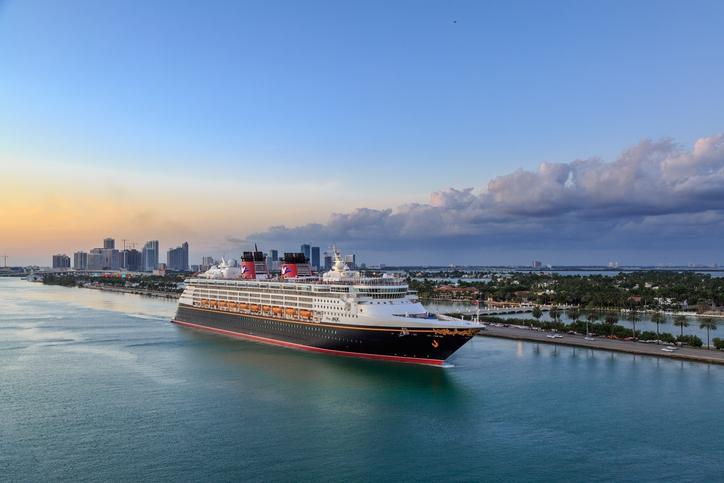 Droombaan: Reis jij met Disney de wereld rond?