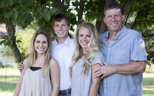 'Boer zoekt vrouw'-kandidaat onder vuur vanwege hobby van zoon