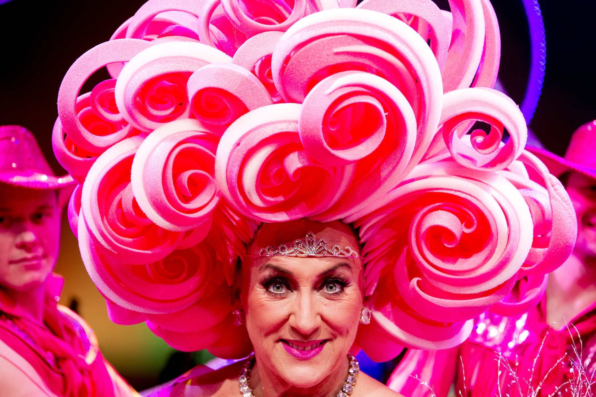 Karin Bloemen trots op titel 'homomoeder Gaypride 2016'