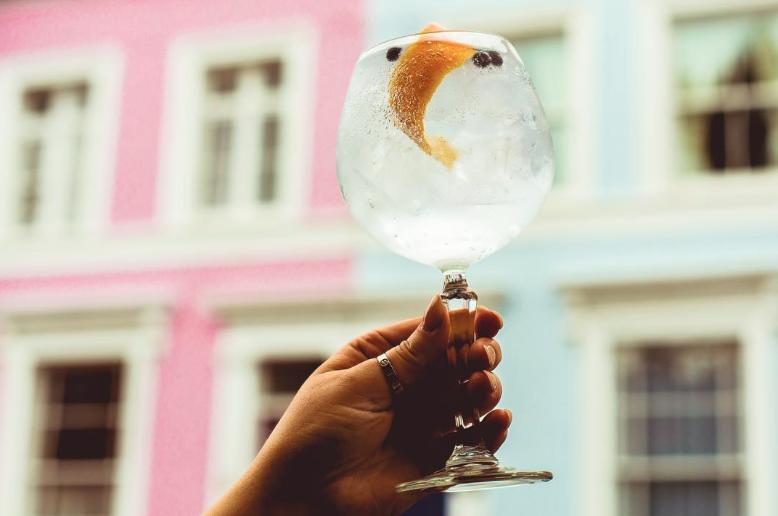 COOL: Londen krijgt een eigen gin-hotel