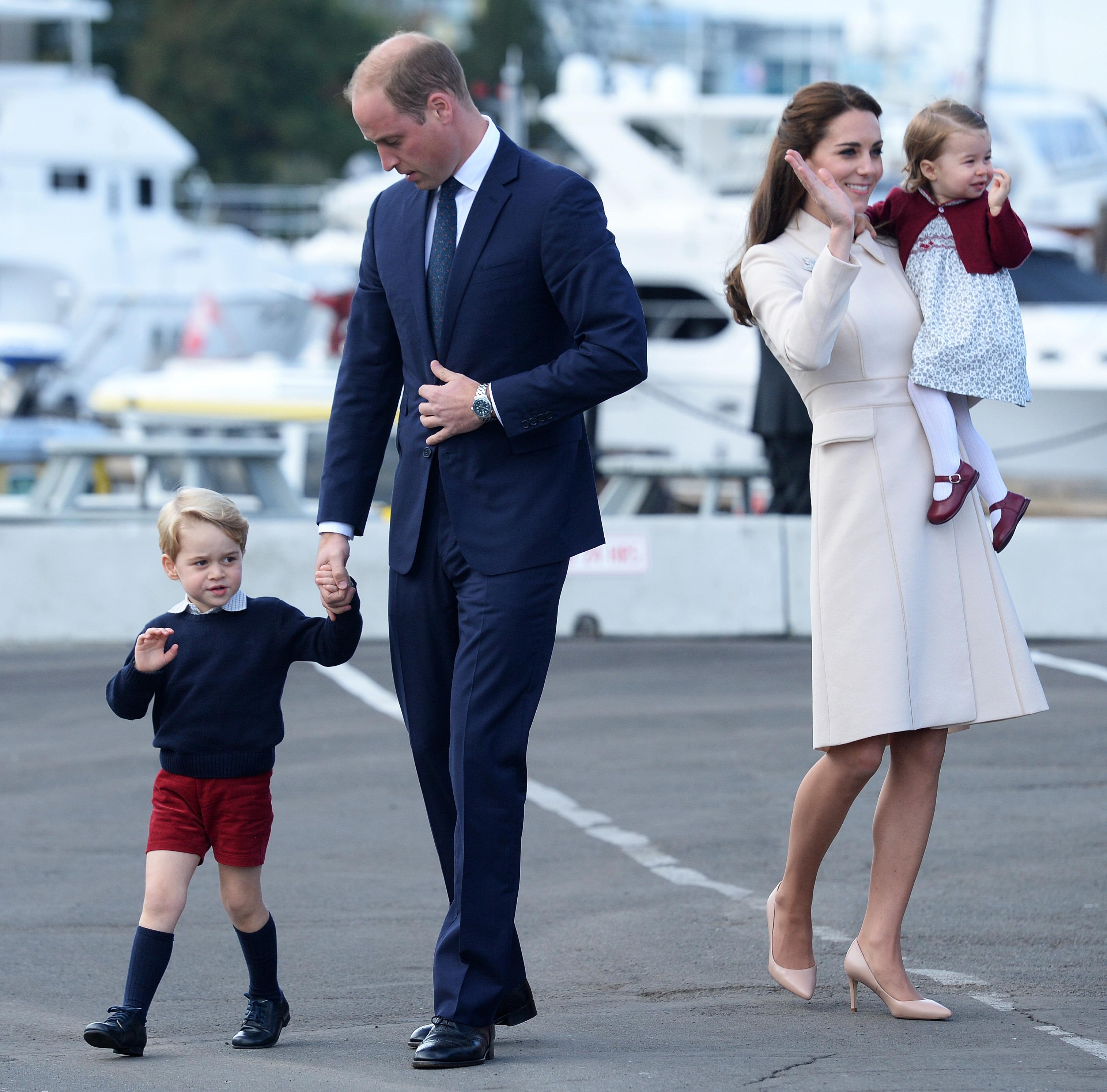 Aha! Dus daarom heeft Prins George altijd een korte broek aan!