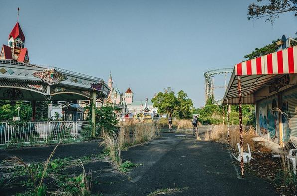 Zien: dit sprookjesachtige verlaten pretpark bezorgt ons kippenvel!
