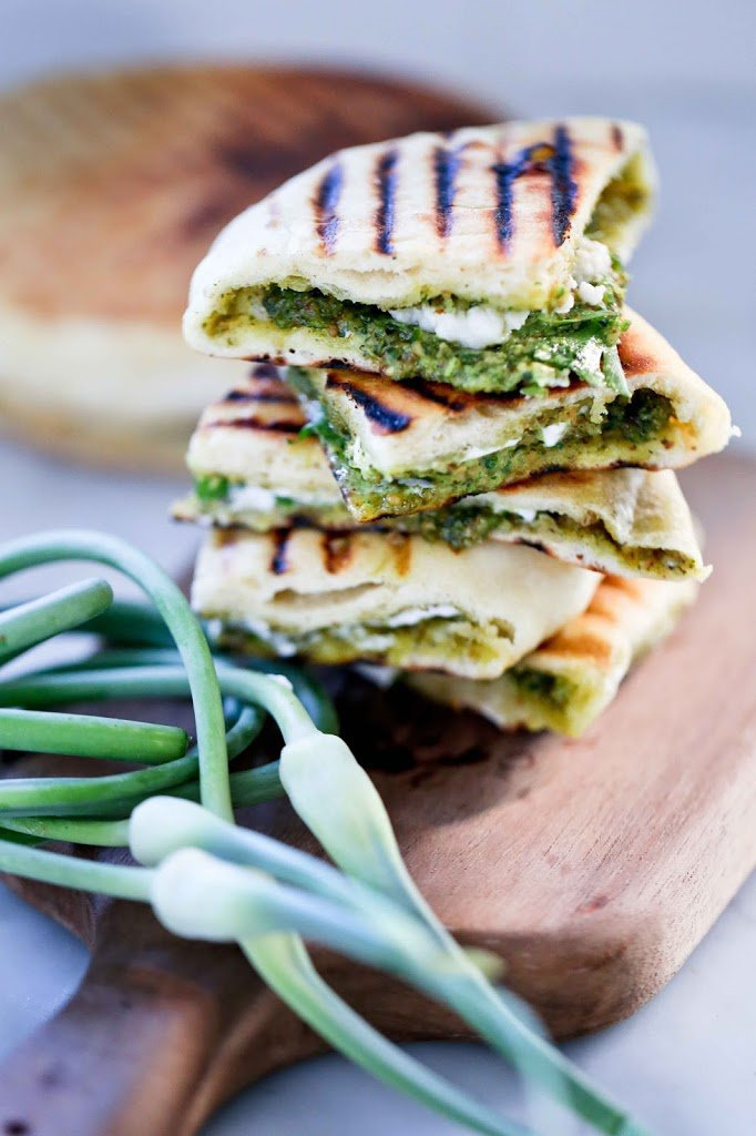 Grilled-Naan-Bread-126
