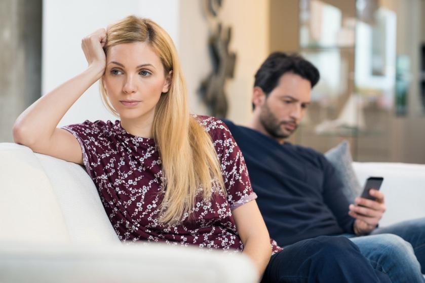 Opgebiecht: 'Onze relatie gaat steeds meer op die van broer en zus lijken'