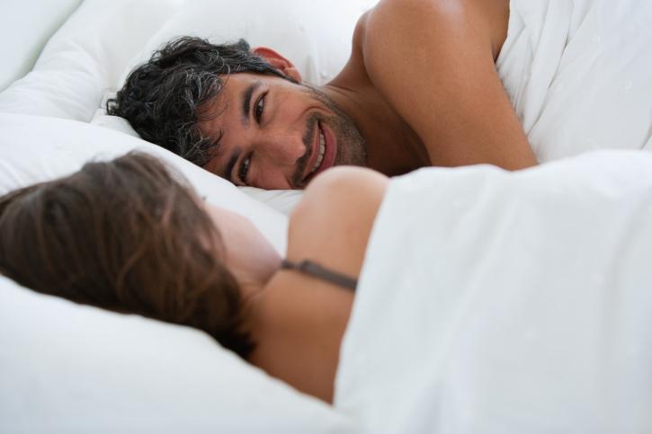 Zo vaak hebben gelukkige koppels seks volgens de wetenschap