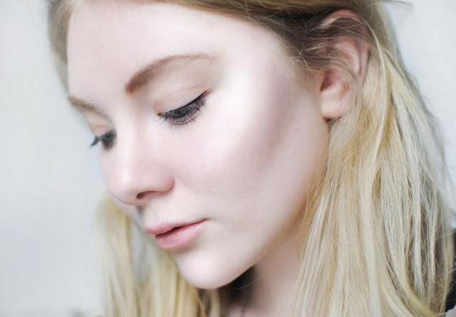highlighter-makeup-revolution-baked-lilac-pink-lights