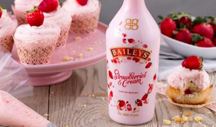 Deze fles roze Baileys is alles wat je wil voor Valentijn