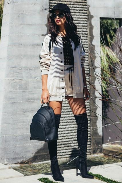Kendall-kylie-jenner2-glamour-27july16-pr-b_426x639