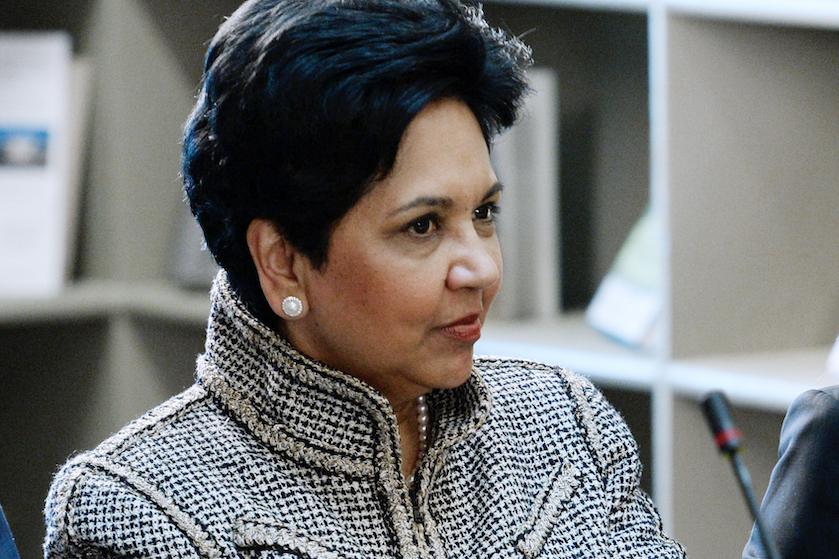 Social media gaat los om vrouwelijke CEO van Pepsi die elke salarisverhoging weigerde