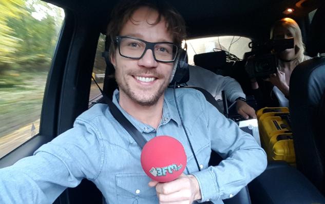 Giel Beelen sluit werktijd bij 3FM in stijl af!
