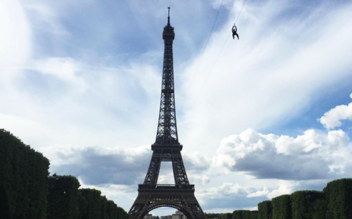 Op onze bucket list: je kunt nu een death ride doen vanaf de Eiffeltoren