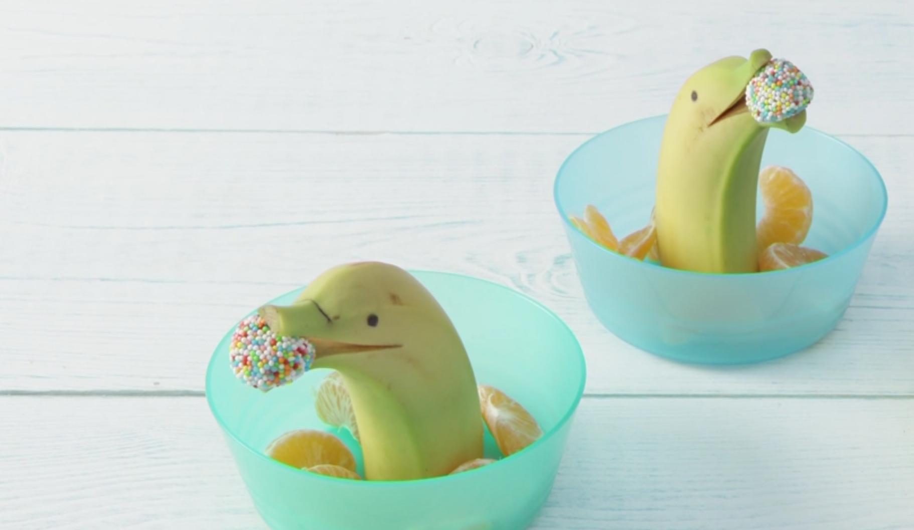 Gezonde én leuke kindertraktatie: banaandolfijntjes