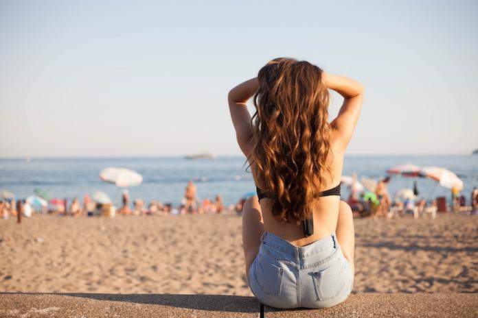 4 onmisbare zomertips voor je haar