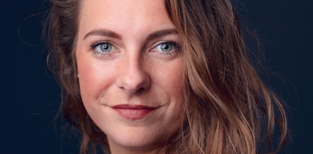 Esther (29): 'Ik dronk alleen in het weekend en toch was ik verslaafd'