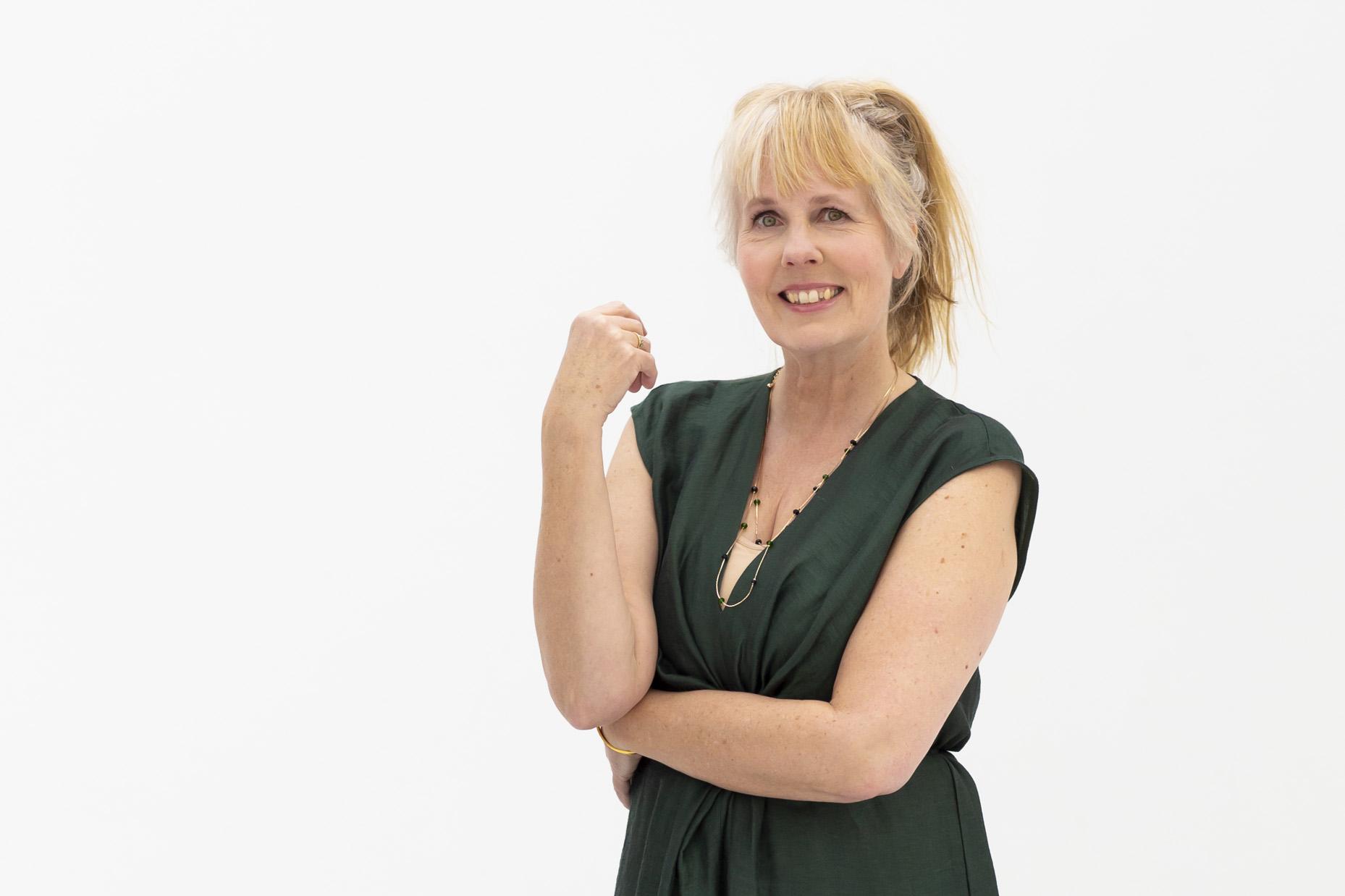 Lezeres Janny (56) over haar 'flair': 'Mijn motto? Gewoon dóén'