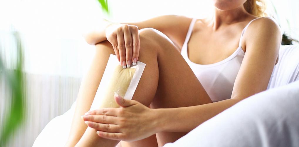 Pijnloos benen waxen? Dit is de beste dag in je cyclus om te ontharen