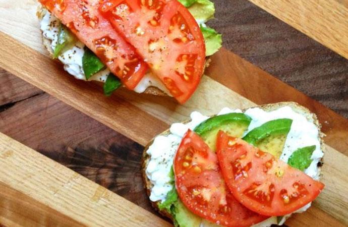 #Lekkerlicht: lunchrecepten met Hüttenkäse