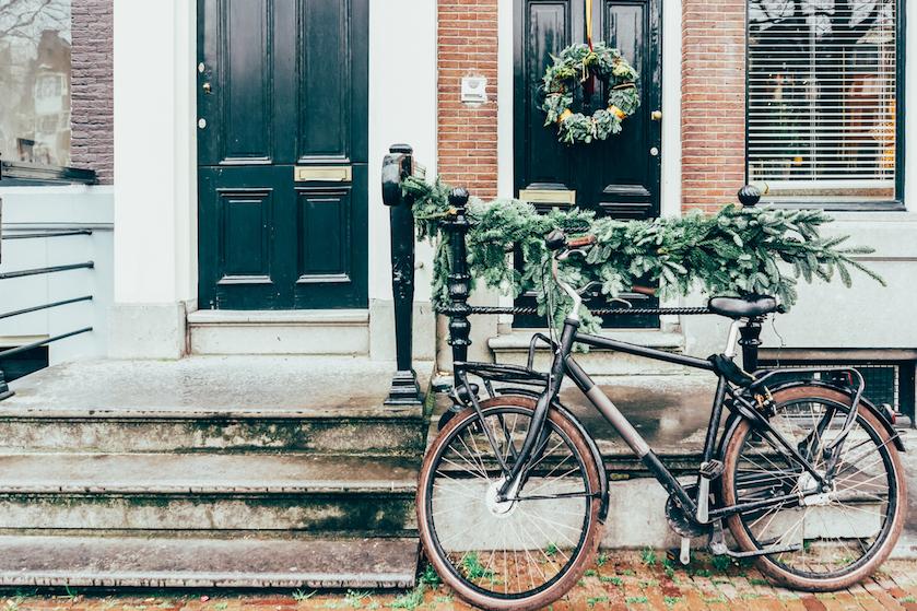 Zeg maar dag tegen je wintersportvakantie: 'Kabinet kondigt negatief reisadvies voor kerstvakantie af'