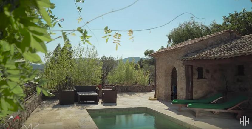 ZIEN: Frans landgoed Johnny Depp staat te koop