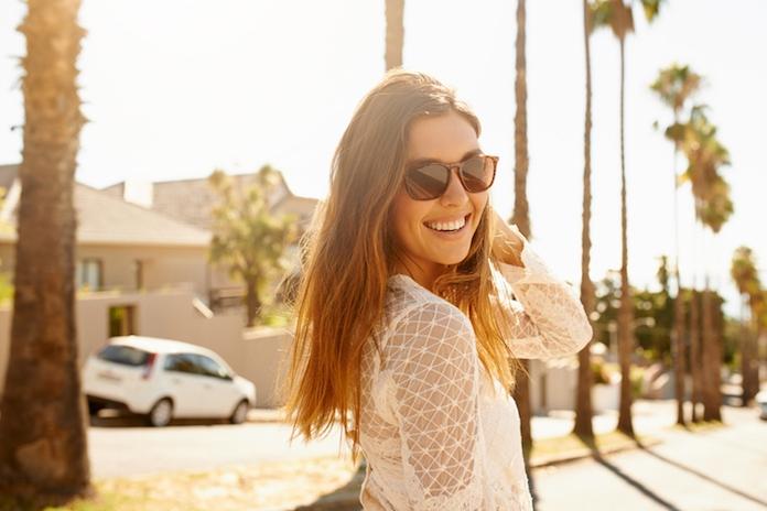 Beschermt een duurdere zonnebril je ogen écht beter of niet?