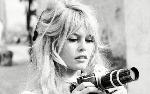 De 'Brigitte Bardot bangs' worden dit jaar so-wie-so een hit