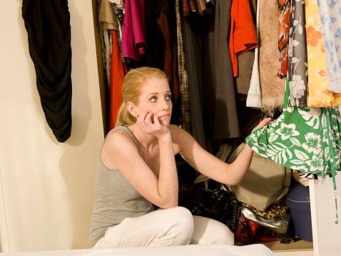 8 kledingstukken die iedereen geweldig staan