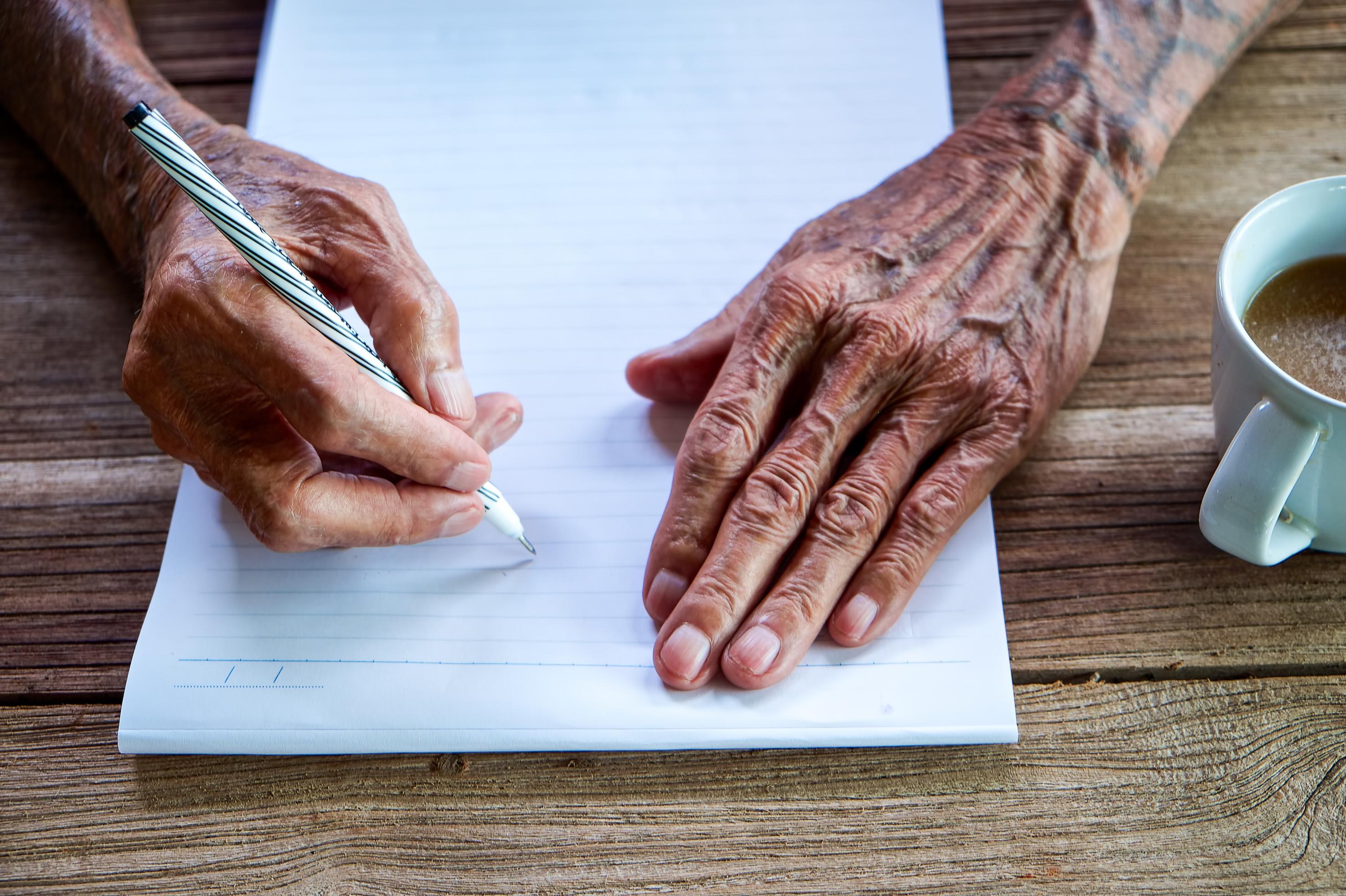 Hartverwarmende tips tegen eenzaamheid van een 90-jarige man