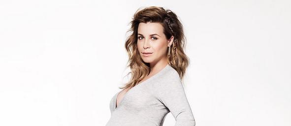 Hi-la-risch: Victoria Koblenko deelt haar originele remedie tegen zwangerschapskwaaltje